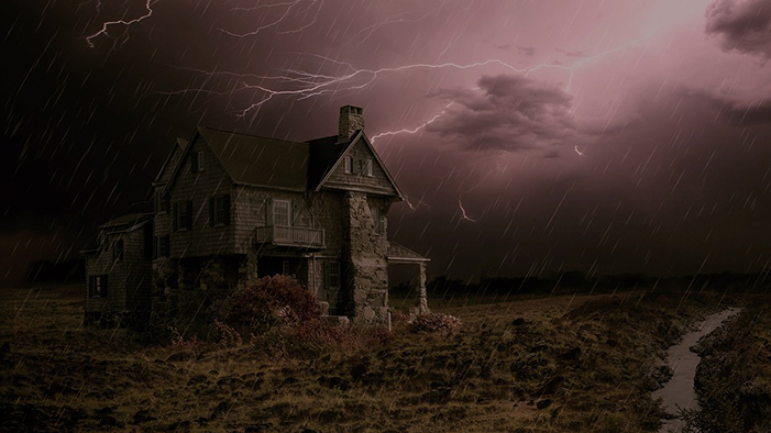 5 of the Most Haunted Houses in Literature