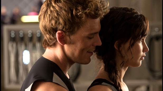 22 Amazing New Pix and Posters from Catching Fire!