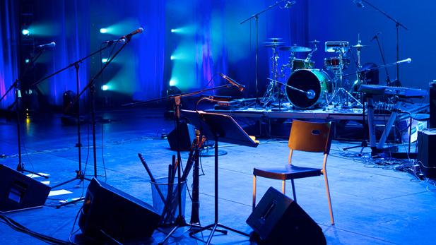 Watch Kristin Chenoweth Make a Voice Teacher's Night