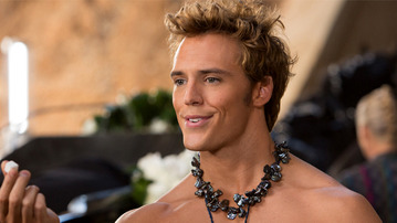 Lionsgate Just Released a Pic of Finnick Odair and HE'S NOT WEARING A SHIRT
