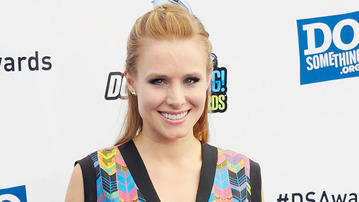 It's Official! Veronica Mars Movie Is A Go!
