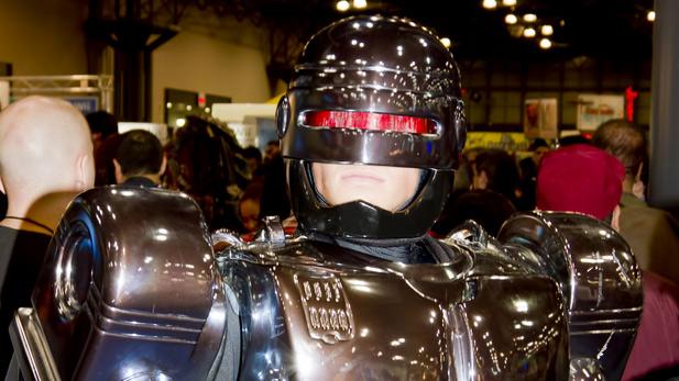 New RoboCop Trailer Has 100% More Samuel L. Jackson!