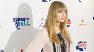 Songwriting with Taylor Swift: The Inside Scoop!