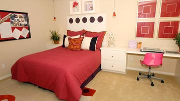 16 Great Ways to Update Your Bedroom Walls