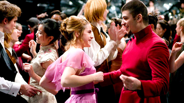 How to Get a Date to the Yule Ball (Because Hogwarts Is Totally Real)