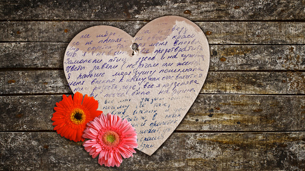 7 Non-Embarrassing Love Poems You'll Heart