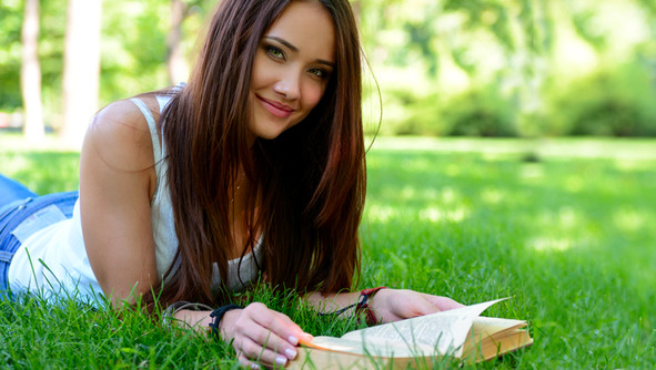 BREAKING NEWS: Science Says Reading Makes You More Social!