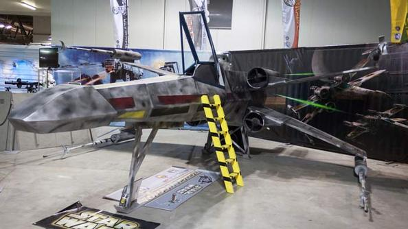 TOO COOL NOT TO SHARE: Flyable X-Wing Made of PVC