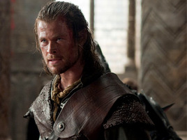 "I Met Chris Hemsworth. In London. On the Set of ""Snow White and the Huntsman."" YOU MAY COMMENCE FREAKING OUT."