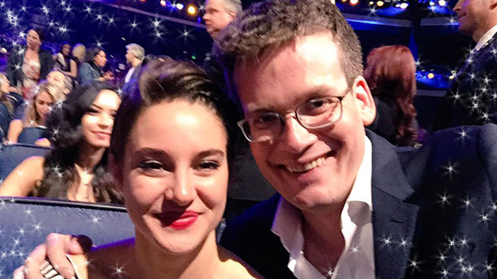 TFIOS Wins Big at the MTV Movie Awards in this Week's Celebrity Twitter Roundup!