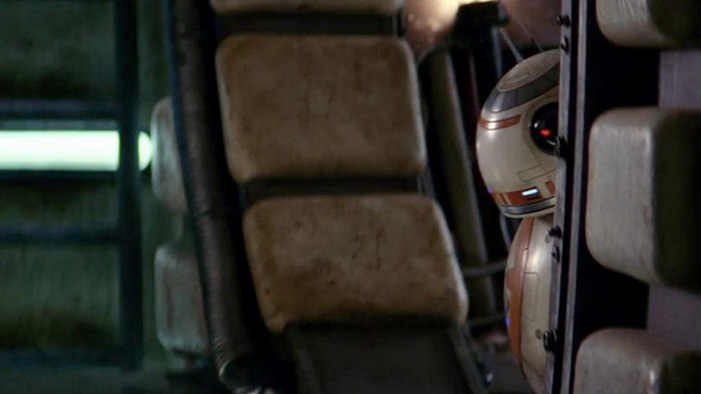 Build Your Own 'Star Wars' BB-8 Droid in This Week's Geeky Twitter!