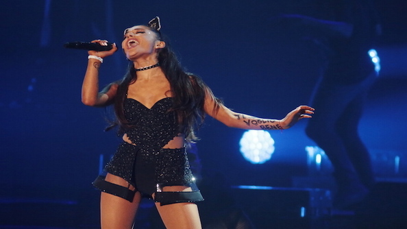 Ariana Grande Declares Her Feminism on Twitter, We SWOON