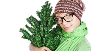 How to Date Someone Who's Crazy For Christmas