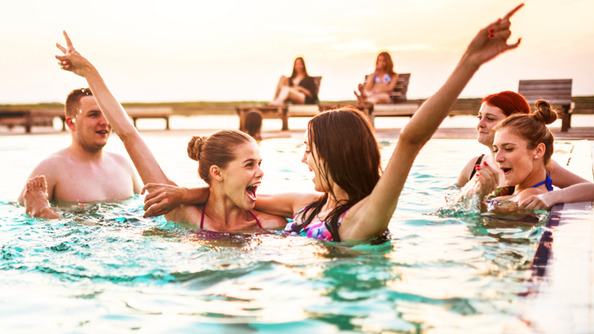 How to Be Your Most Confident, Excellent Self-WHILE IN A SWIMSUIT