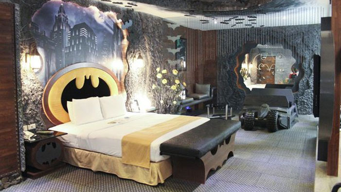 A Batman-Themed Hotel in This Week's Geeky Twitter!