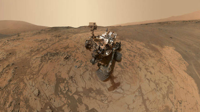 Check Out The BEST Pics From The Mars Curiosity Rover!