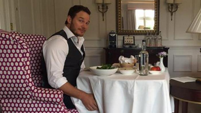This Week's Celeb Twitter Roundup: Ireland Legalizes Same-Sex Marriage & Chris Pratt Apologizes...FROM THE FUTURE