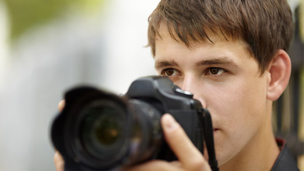 12 Tips for Using Your New Camera Without Making Everyone Hate You