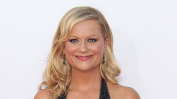 Amy Poehler Promotes Girl Power On Her Web Channel