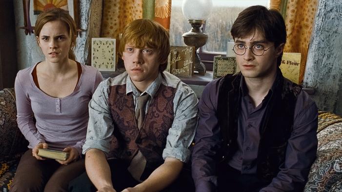 7 of the Most Mind-Boggling <em>Harry Potter</em> Theories