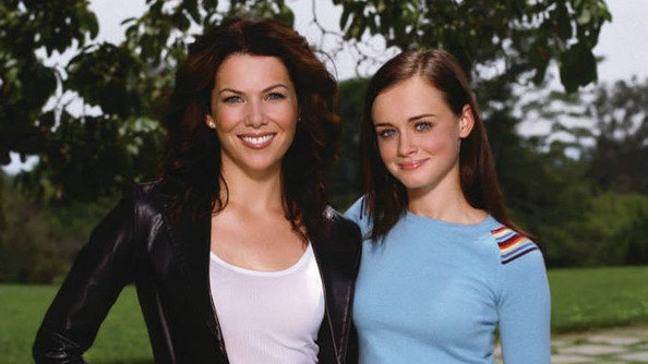12 Reasons Lorelai Gilmore Is Our Dream Mom