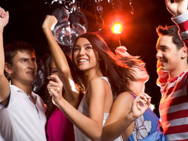 Graduation Party Guide: How to Make a Memorable Appearance