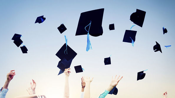 11 Reasons Why Your Graduation Is Just Like an Awards Show