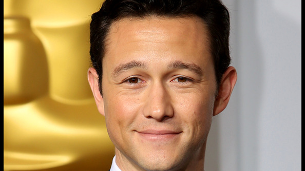 Joseph Gordon-Levitt Got MARRIED (WHAAAAAT!?)