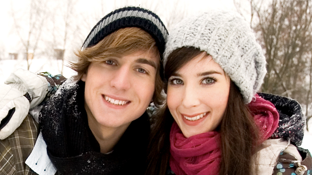 5 Ways to Use Winter to Hit on Your Crush