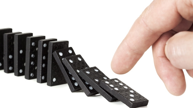 VIDEOS: Dominoes Rock!