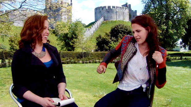 EXCLUSIVE Video: Chelsea Dagger Interviews Kristen Stewart About Snow White and the Huntsman!