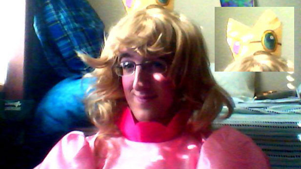 A Mankler Dresses as Princess Peach For Halloween!