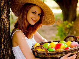 "Shivani Makes Tarte Tatin (That Means ""Super Tasty Apple Stuff"" In French)"