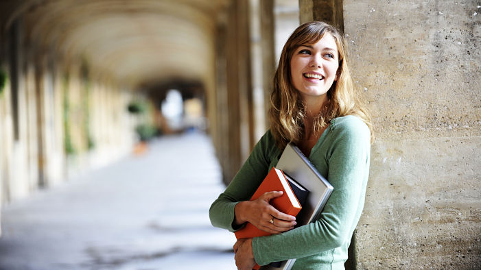 12 Textbooks All Students Wish They Could Buy