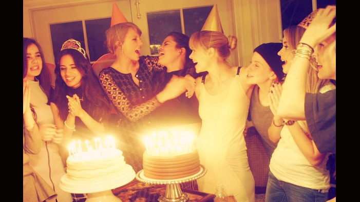 TSwift Hosts the World's Greatest B-Day Party In This Week's Celeb Twitter Roundup!