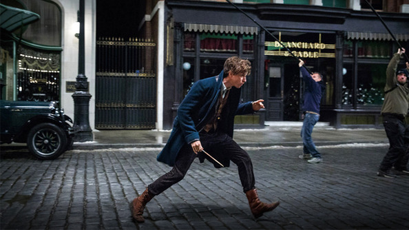 We Got a Sneak Peek Behind the Scenes of <em>Fantastic Beasts</em> (& Eddie's Hair Is SPECTACULAR)!