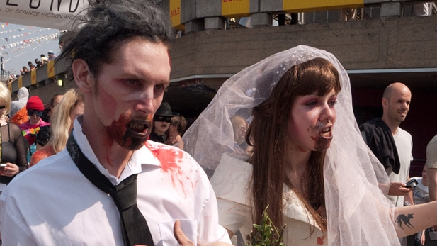 VIDEO: Geek-Themed Weddings