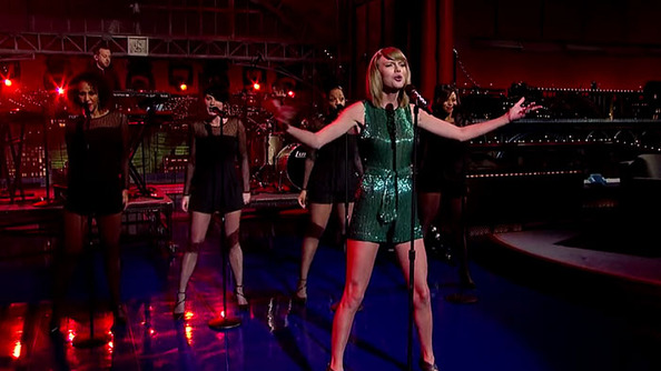 "Taylor Swift's ""Welcome to New York,"" Critiqued by a Long-Time New Yorker"