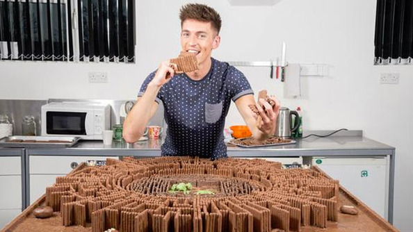 A Guy Made a Chocolate Replica of the Maze Runner Arena