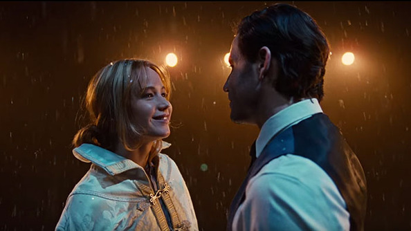 Jennifer Lawrence Is at Peak JLaw in the New <i>Joy</i> Movie Poster