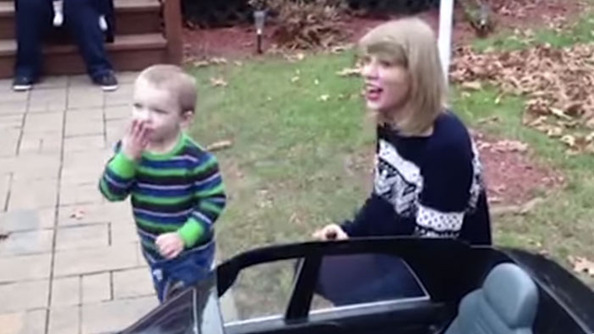 Did You Have a Happy Swiftmas? Find Out What Taylor Swift Gave Her Biggest Fans